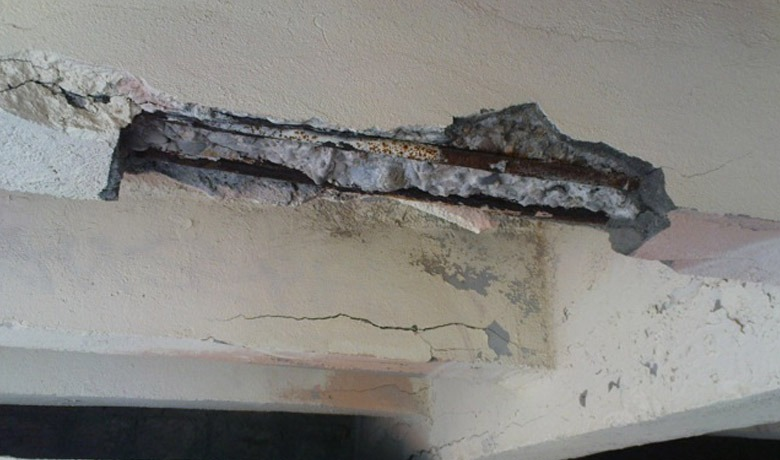 Identifying And Treating Corrosion in Reinforced Concrete Structures - spalling concrete